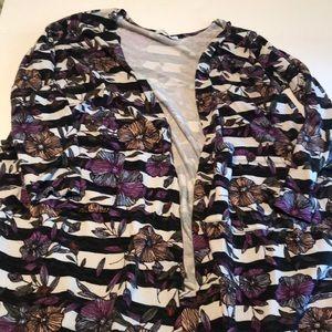 XL Sarah sweater from Lularoe